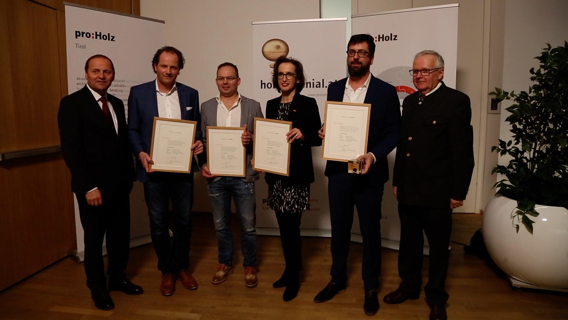 Die höchste Auszeichnung, die man für ein Holzbauwerk in Tirol erhalten kann: Der Holzbaupreis