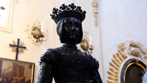 Kaiser Maximilian und seine Frauen