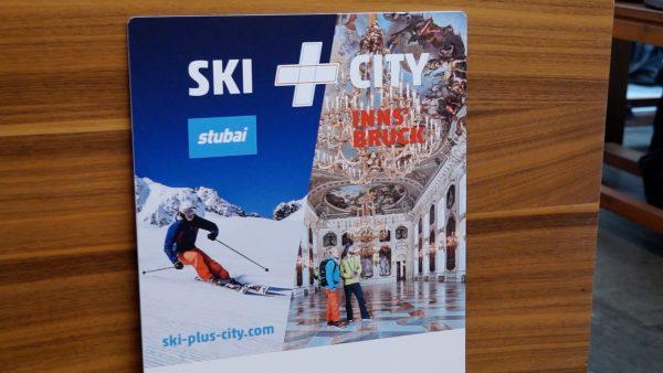 Skifahren und Sightseeing mit einem Ticket
