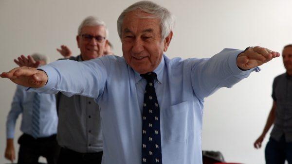 Die aktiven Fünf: Bewegungsinitative mit Präsidenten des Roten Kreuzes