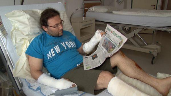 Holzstämme zerquetschten sein Auto: Wörgler spricht über Unfall