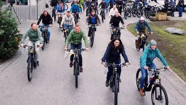 E-Bike und Jahresticket auf Firmenkosten