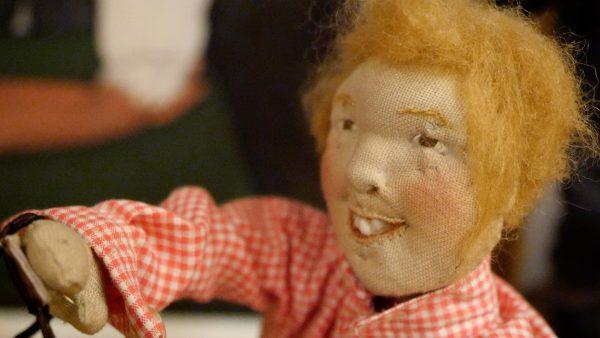Luise Oberhauser und ihre Puppen