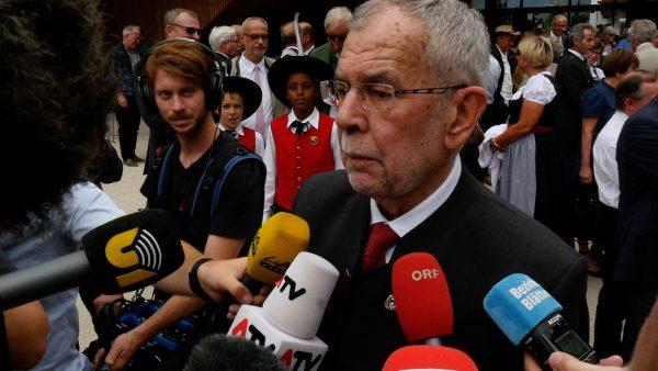 Alexander Van der Bellen bekommt Ehrenbürgerschaft seiner Heimatgemeinde