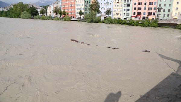 Die Hochwassersituation bleibt angespannt