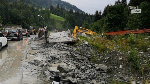 """Erdrutsch in Kirchberg bei """"Ki-West-Bahn"""""""