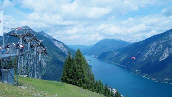 Karwendel Bergbahn - Mit Ausblick auf den Achensee