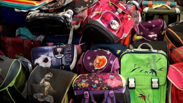 Die Schultaschen-Sammelaktion des Umweltverein Tirol