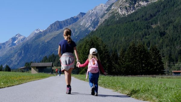 Familienwandern im Bergsteigerdorf