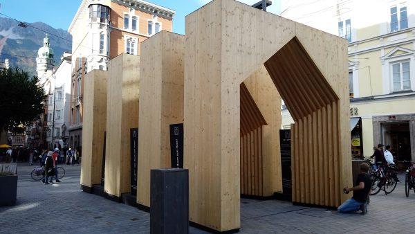 Holz-Passage für nachhaltige Bauweise