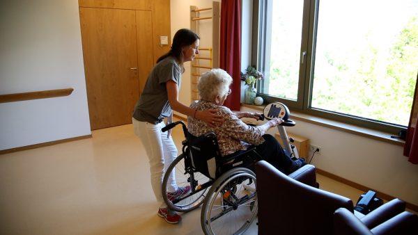 Personalnotstand in der Tiroler Pflege