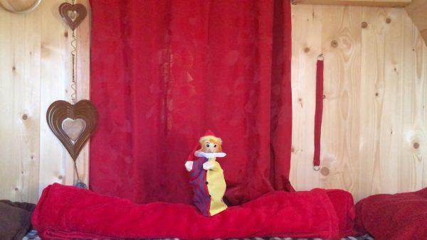 Der Kasperl im Tiroler Wohnzimmer