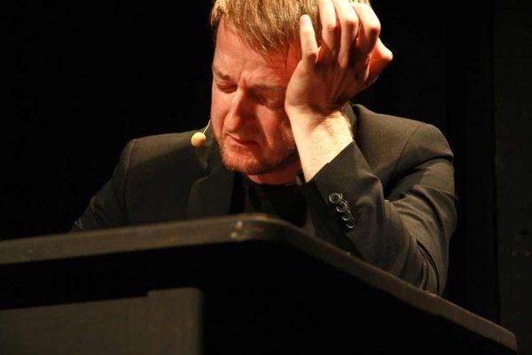 Kabarettist Markus Koschuh zur Kunst in Coronazeiten