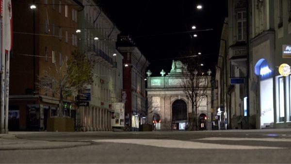 Innsbrucks Straßen sind wieder leer