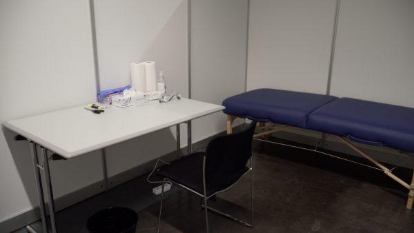 Covid-Impfen in der Messehalle Innsbruck