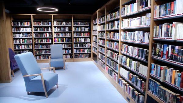 Tausende Bücher sind übersiedelt