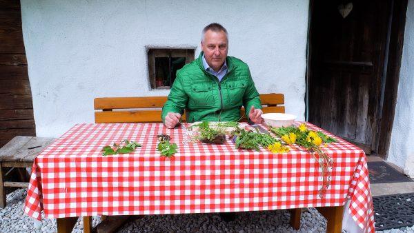 Allerhand aus'm Tyrolerland: Feld- und Wiesenkräuter