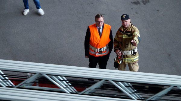 LH als Helfer bei einer Feuerwehrübung
